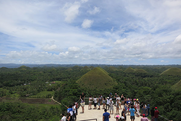 The Chocolate Hills Philippines amazing place in asia